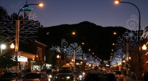 downtown-tennessee-smoky-mountains