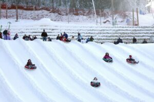 tubing-uber-gatlinburg-ober-winterfest-winter-fest-gatlinburg